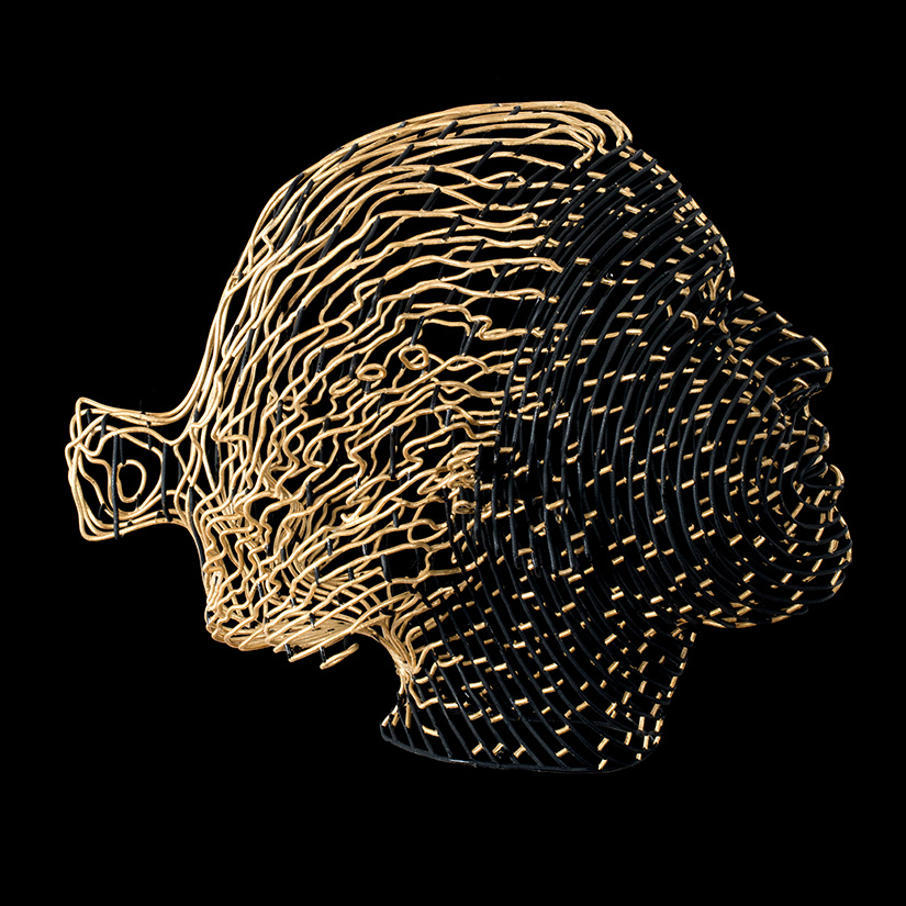 Bonzanos A.G., Beatrice, SLS Duraform wire sculpture, made with 3D printer, 65.5x20.5x11.5 cm, 2017. Private collection.