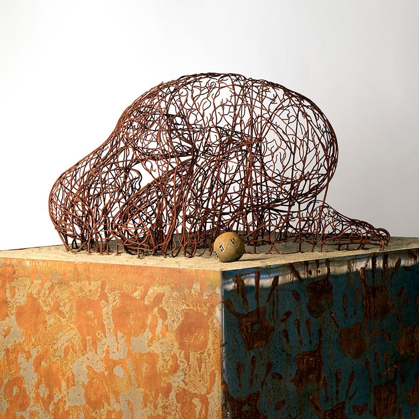 Bonzanos A.G., Once Human, Duraform SLS wire sculpture, made with 3D printer, 167x50x40 cm, 2018.